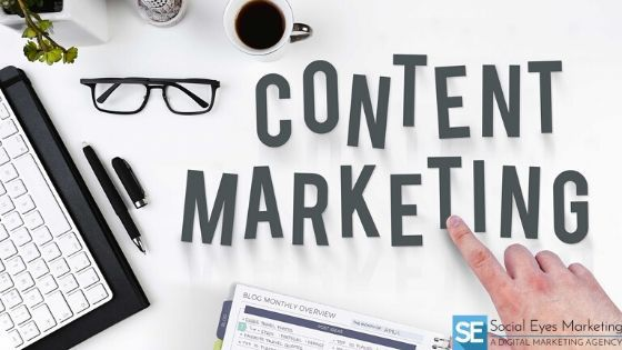"A desk top with ""content marketing"" written on it"